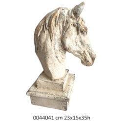 Testa di cavallo con piedistallo