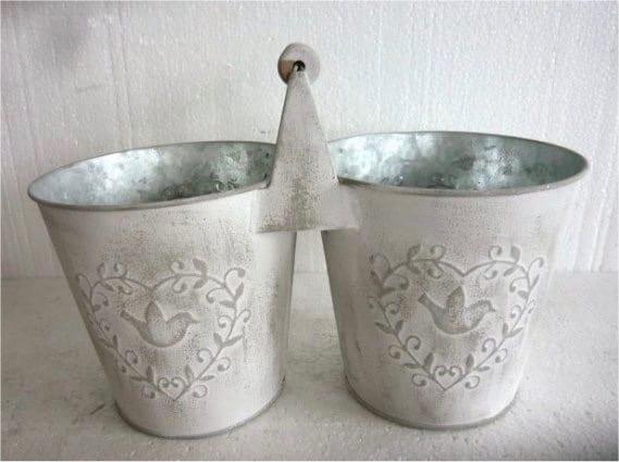 Vaso doppio con manico in latta