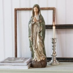 Madonna con rosario in resina