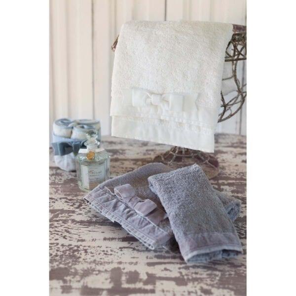 Cestino con 3 lavette – Bianco