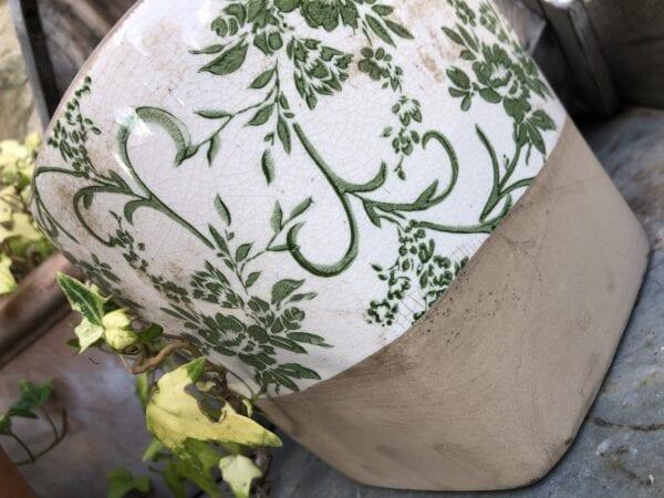 Vaso in ceramica e terracotta