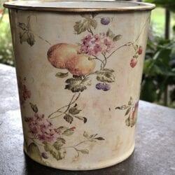 Vaso primavera – Beige con frutta e fiori