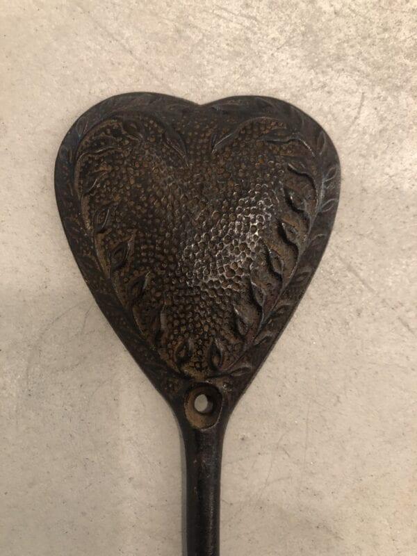 Appendiabiti cuore nero con 1 gancio in porcellana