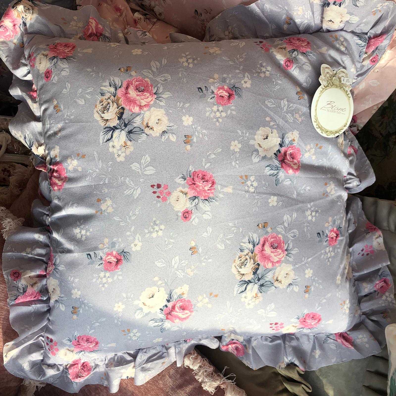 Cuscino quadrato in cotone con gala – Lilla e fiori