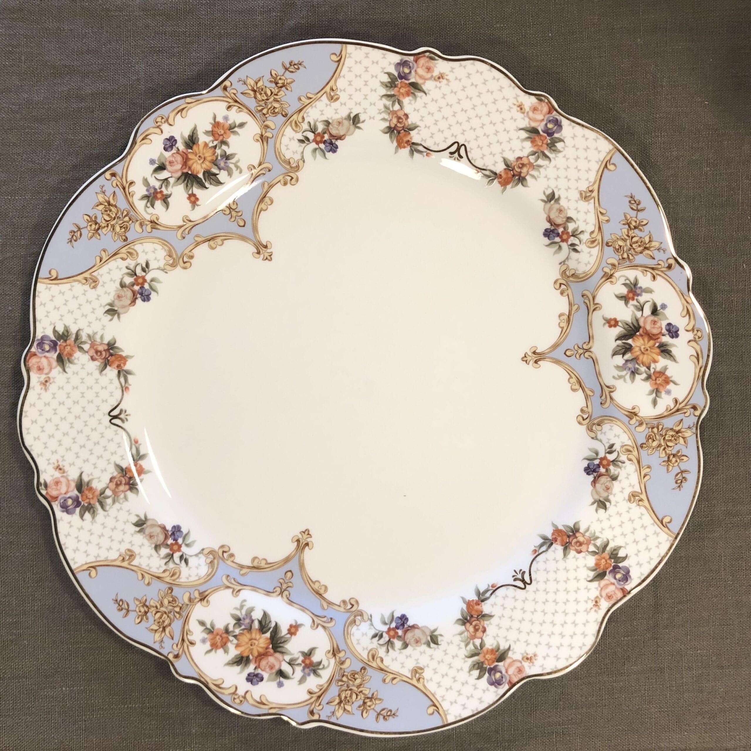 Piatto piano in porcellana – Floreale