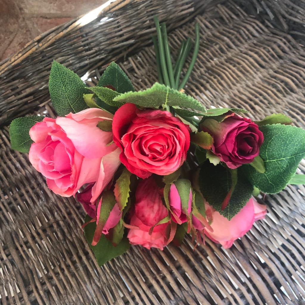 Mazzo di Rose Noemi – Fucsia