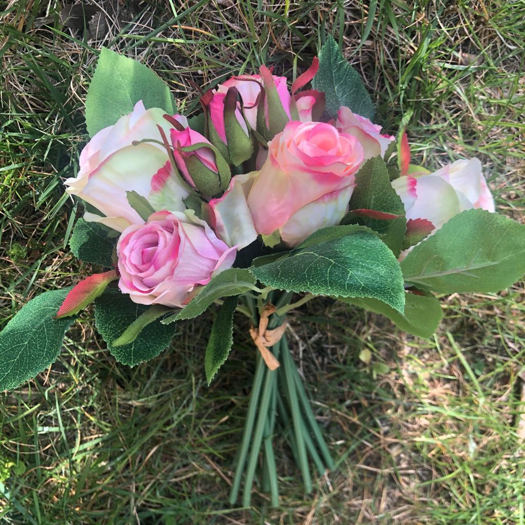 Mazzo di Rose Noemi – Rosa